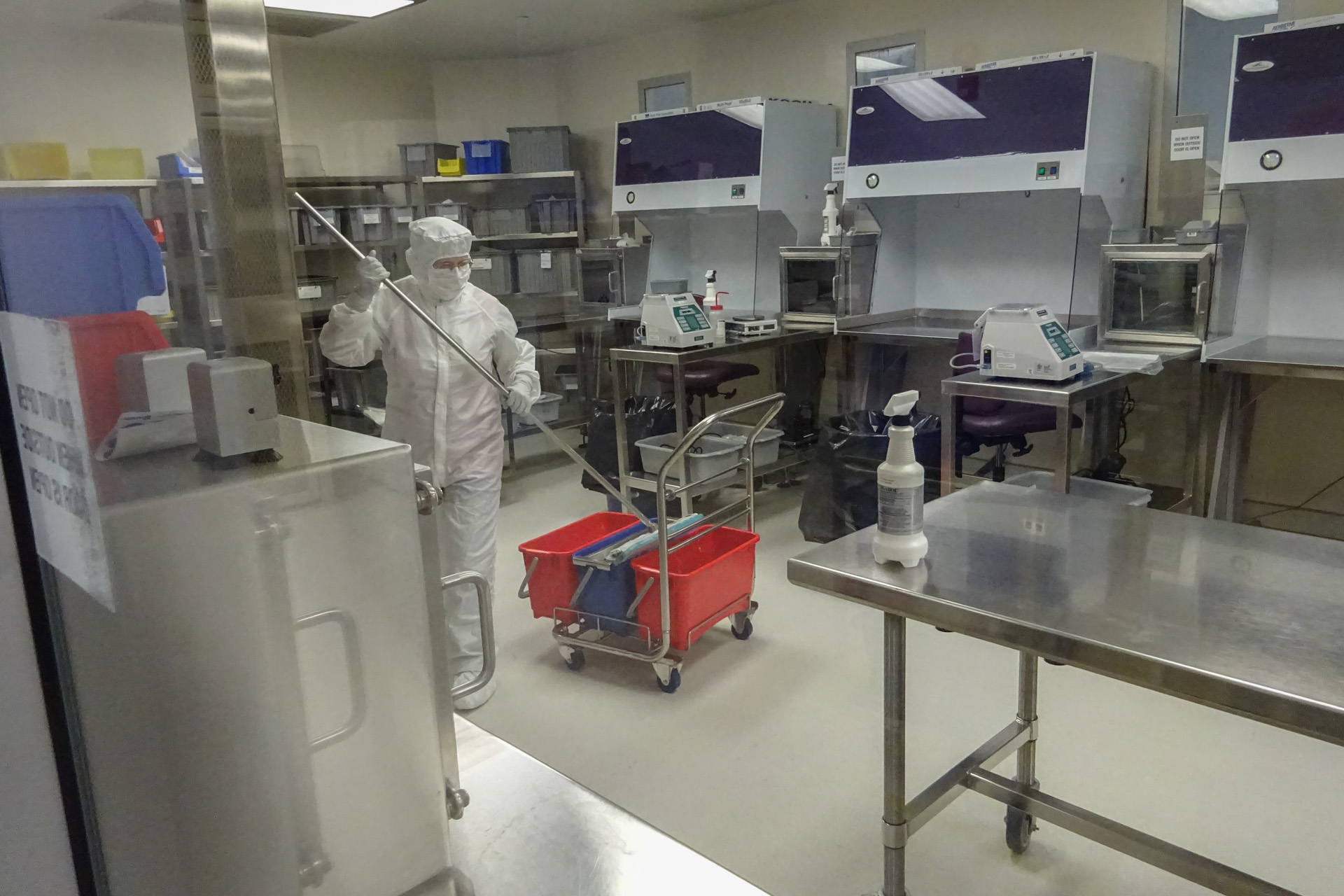 Cleanroom and Controlled Environment Cleaning Services ...
